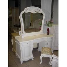 Туалетные столы Жозефина. Стол туалетный с зеркалом.