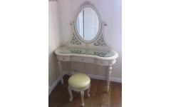 Дамский (туалетный) столик Софи