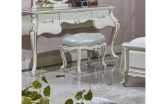 Белый пуф с позолотой в спальню Ирма, Аванти