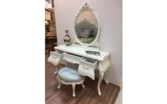 Элегантный туалетный столик Ирма в белом цвете, Аванти