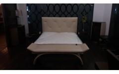 Кровать Кинетик, Америка