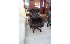 Директорское кожаное кресло A152, Китай
