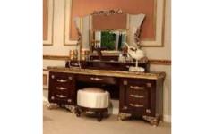 Стол туалетный с зеркалом в спальню Эрмитаж