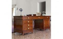 Стол письменный в кабинет Бурбон