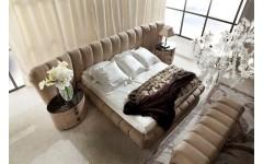 Большая кровать с большим изголовьем LIFETIME, Италия