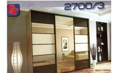 Красивый шкаф-купе 2700