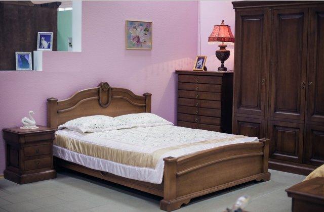 купить спальню классическую из массива натурального дерева ретро