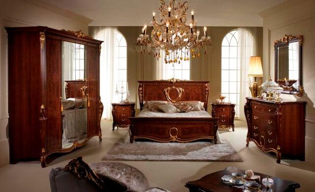 В нашем каталоге вы найдете лучшие товары для спален со смелыми дизайнерскими решениями по отличным ценам в Киеве.