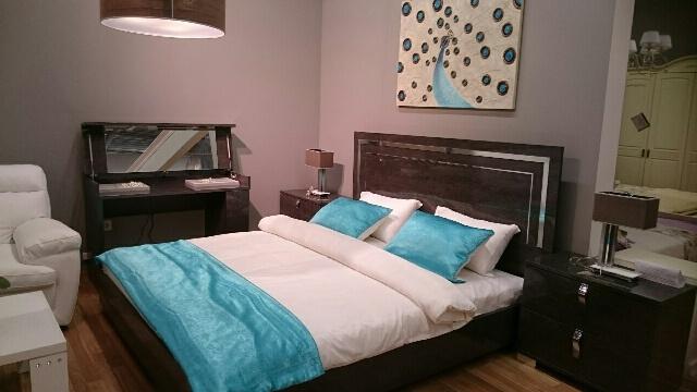 Кровати и другая мебель для обустройства спальни: фото каталог